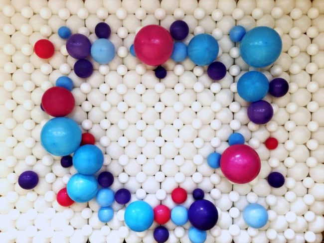 Logo společnosti z balónků - balónková stěna