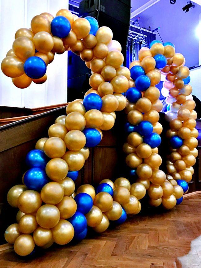 Balónková číslice, číslo z balónků 20 - zlaté metalické balónky